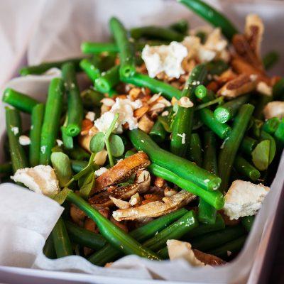 a bowl of green bean salad